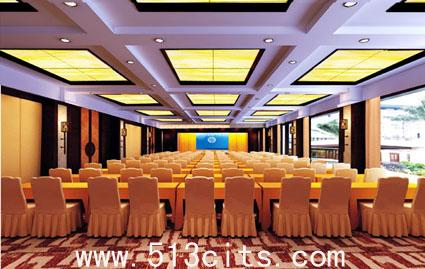 将中国古典园林优雅尊荣的文化元素与欧式时尚简约的
